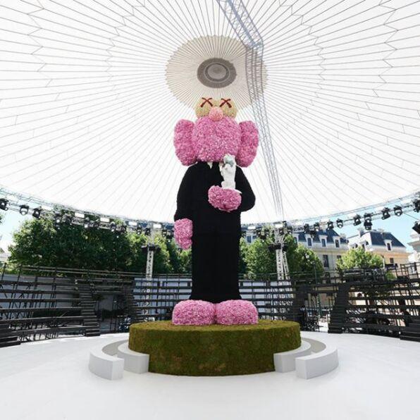 Sculpture pour défilé Dior